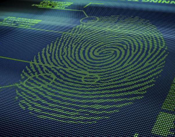 Fingerabdruckerkennung bei Zutrittskontrolle und Zeiterfassung – Vergleich mit anderen biometrischen Technologien